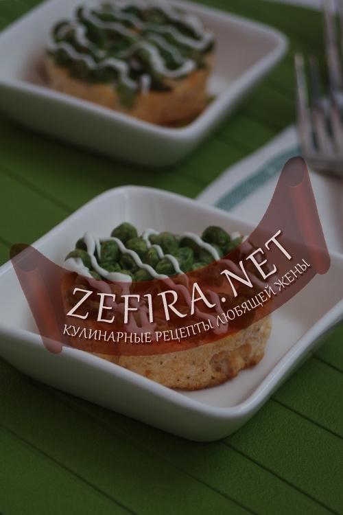 Рыбное суфле с зеленым горошком