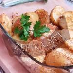 Картофель запеченый в кунжуте