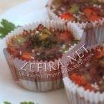 Как приготовить куриные сердечки: кекс с овощами