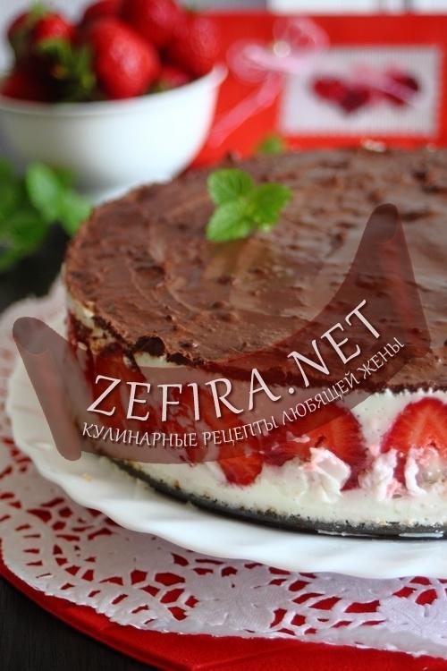 торт с клубникой и сметанным суфле рецепт с фото
