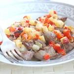 Куриная печенка – рецепт с яблоком и перцем