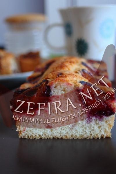 Кекс со сливами (фото)