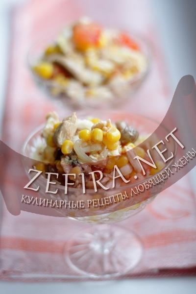 Салат с курицей и грибами (фото)