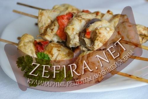 Шашлычки из курицы с овощами (фото)