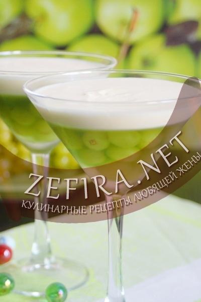 Желе из шампанского с виноградом (фото)