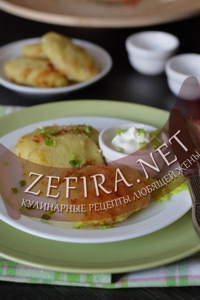 Картофельные котлеты с грибами и яйцом (фото)