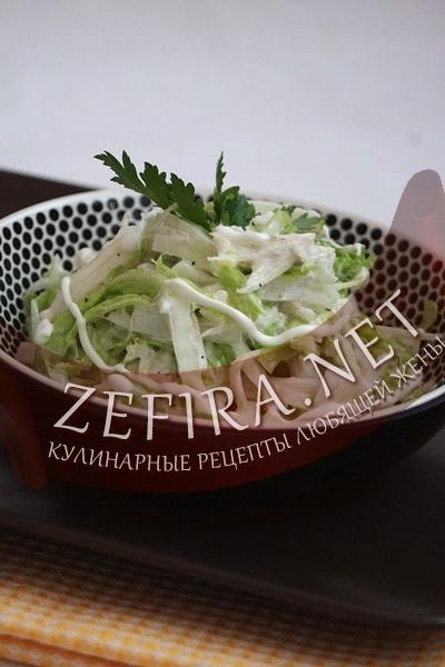 Рецепт салата из капусты, редьки и сельдерея (фото)