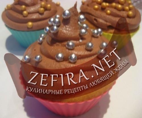 Ванильные капкейки с шоколадным кремом
