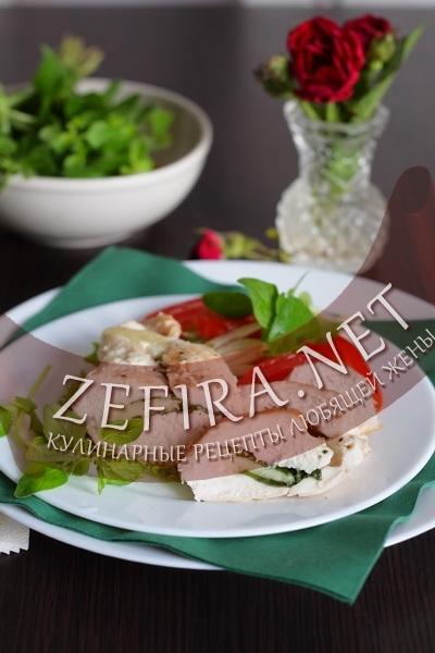 Куриное филе с начинкой из шпината и моцареллы (фото)