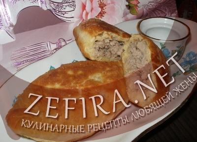 Жареные дрожжевые пирожки с мясом (фото)