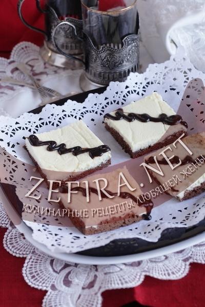 Шоколадный пирог с творожной начинкой (фото)