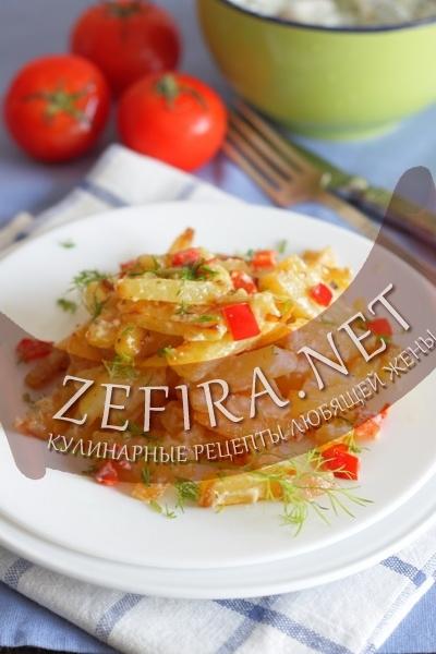 Картофель с перцем в сметанном соусе