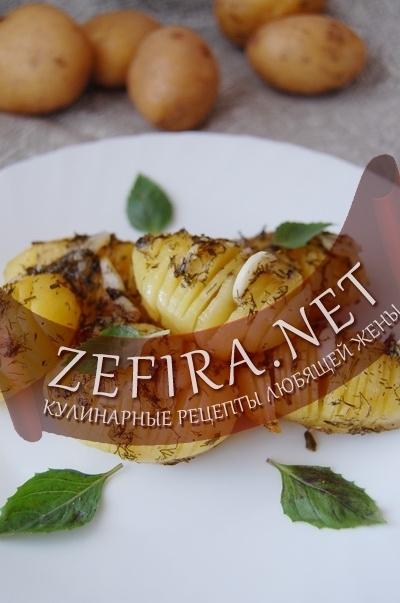 Картошка гармошка - рецепт запеченного картофеля с травами