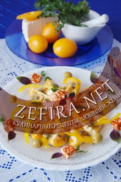 Салат из желтых помидоров - рецепт и фото