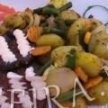 Овощной гарнир из мелкой молодой картошки