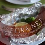 Рыба кета запеченая с брокколи в фольге