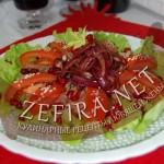 Рецепт салата с куриной печенью и помидорами