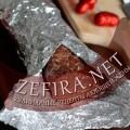 Шоколадная колбаса с орехами