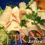 Закуска из лаваша и красной рыбы