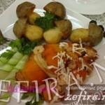 Жареные рулетики из двух видов рыб с картофельными грибочками