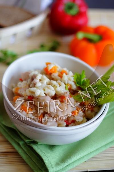 Перловая каша с мясом и овощами