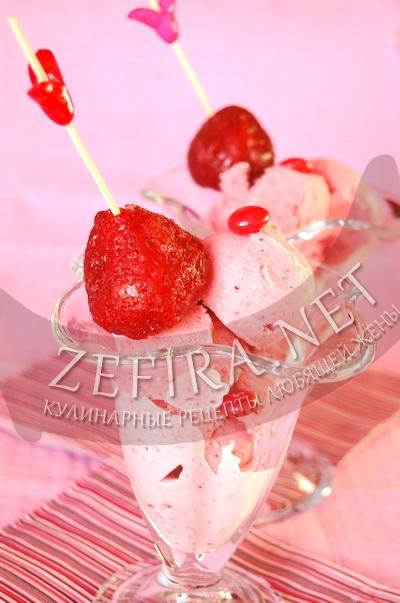 Клубничное мороженое - рецепт и фото
