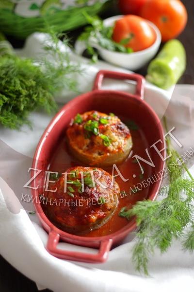 Лук, фаршированный овощами - рецепт и фото