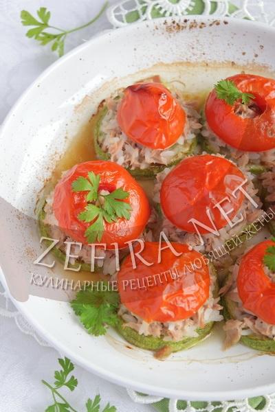 Рыба с кабачками и помидорами - рецепт и фото