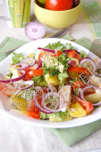 Сытный салат с печеным картофелем и овощами - рецепт и фото