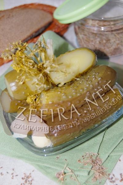 Соленые огурцы с горчицей - рецепт и фото