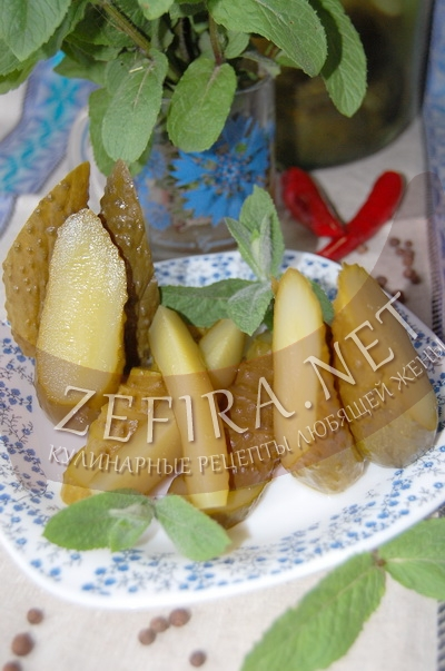 Вкусные маринованные огурцы с мятой - рецепт и фото