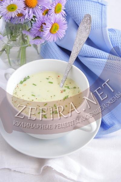 Суп-пюре из кабачков со сливками