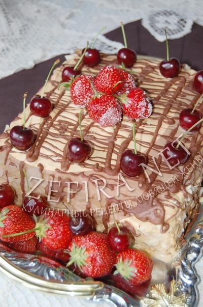 Торт из готового слоеного теста со сгущенкой и рикоттой