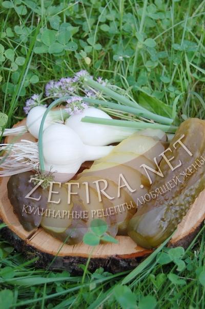 Огурцы маринованные – рецепт со стерилизацией