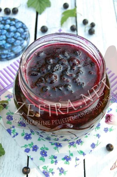 Смородина черная протертая с сахаром - рецепт и фото