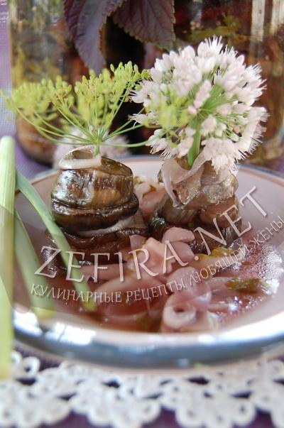 Баклажаны с луком и чесноком маринованные - рецепт и фото
