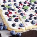 pesochnyj-tort-s-jagodami-mini