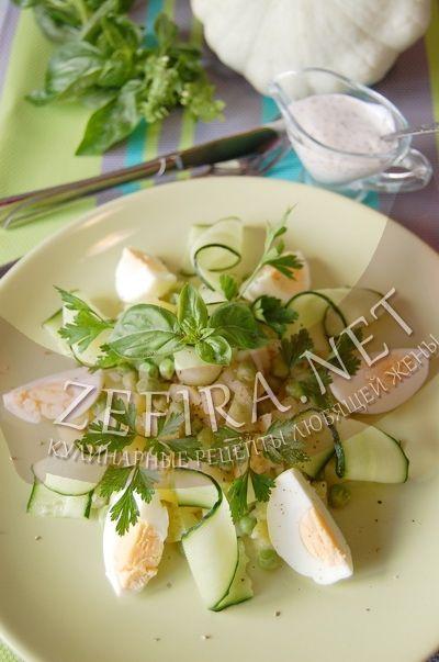 Салат из патиссонов с картофелем и зеленым горошком