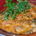 Мясные фрикадельки с грибами в томатно-сметанном соусе