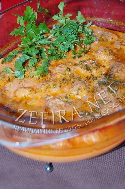 Мясные фрикадельки с грибами в томатно-сметанном соусе - рецепт и фото