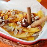 Тыква с медом, корицей и орешками, запеченная в духовке кусочками