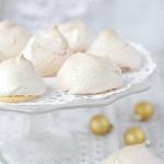 Печенье с начинкой из конфет «Поцелуйчики»