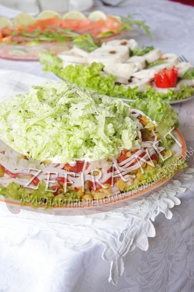 Салат из курицы «Гирос» - рецепт и фото