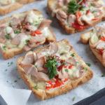 Горячие бутерброды с сосисками