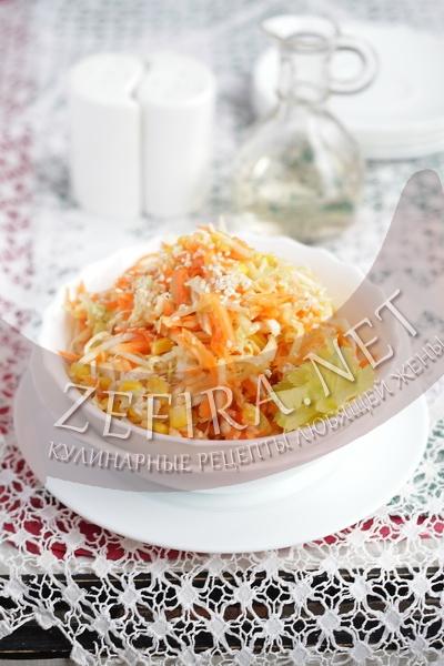 Салат из пекинской капусты с кукурузой - рецепт и фото