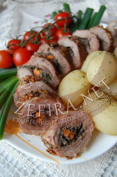 Рулет из свинины с грибным паштетом, запеченный в духовке - рецепт и фото