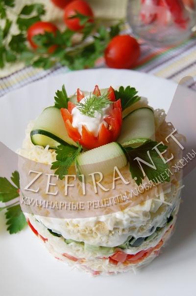 Сырный салат с крабовыми палочками - рецепт и фото
