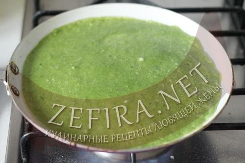 Зеленые блины со шпинатом - 7 шаг