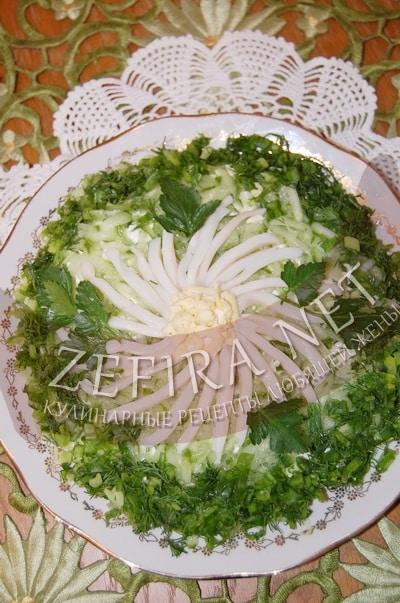 Салат из кальмаров со свежими огурцами - рецепт и фото