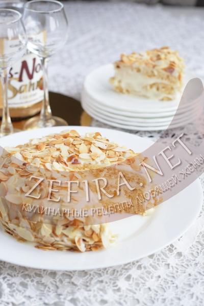 Быстрый медовый бисквитный торт в микроволновке - рецепт и фото
